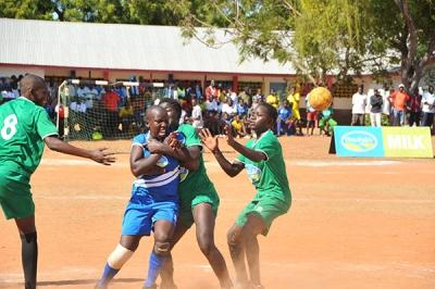 HANDBALL-GIRLS-green-KAMUSINGA-tackles-ST-JOSEPH-KIRANDICH