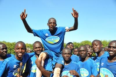 HOCKEY-BOYS-blue-ST-ANTHONY-captain-Oscar-Kiptoo-after-beatig--FRIENDS-SCHOOL-KAMUSINGA-(98)